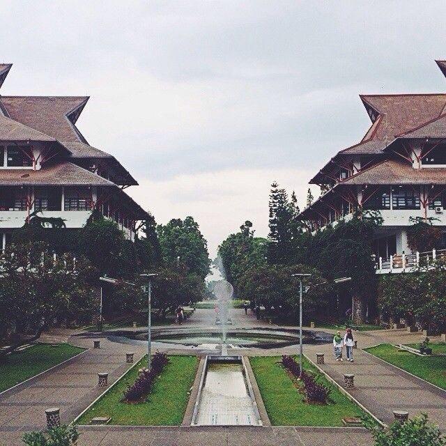Friend Zone (monumen sekali teman tetap teman) at Indonesia Tenggelam, Institut Teknologi Bandung, Indonesia