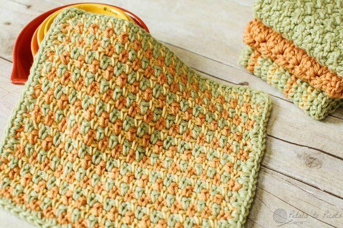 Three Color Simple Stitch Crochet Dishcloth Pattern | www.petalstopicots.com | #crochet #fiber