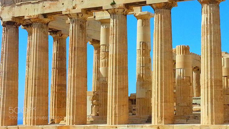 Parthenon  by perinoj71