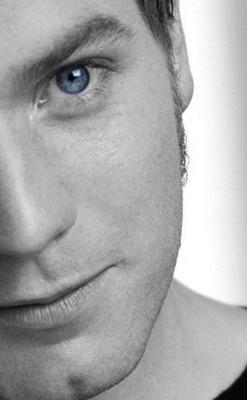 Ewan McGreggor-Gorgeous