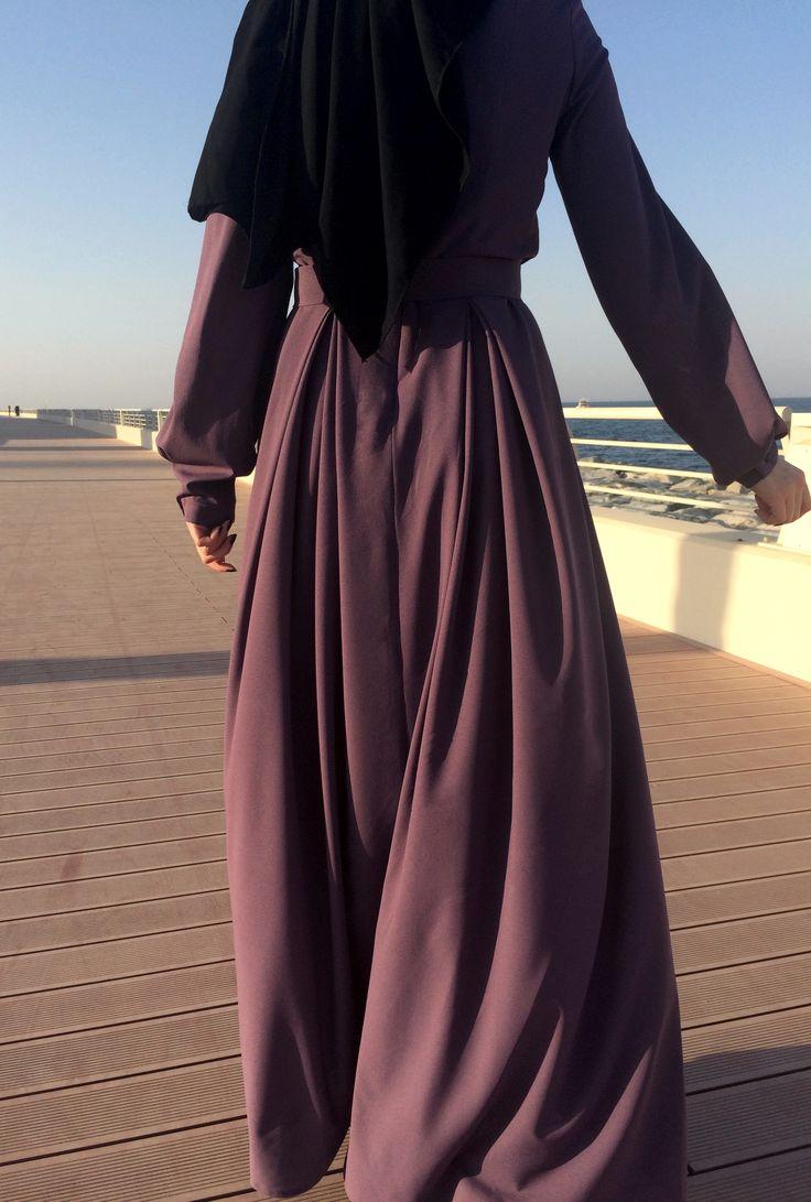 Double Pleats Crepe Dress in dark mauve <3