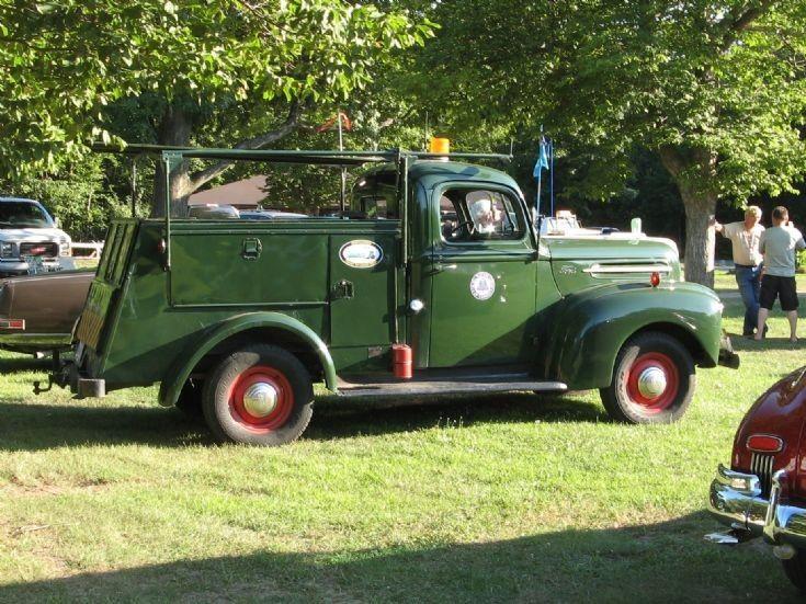 Vintage Ford Late 1940 S Service Truck Vintage Trucks Pinterest Ford Vintage Trucks And