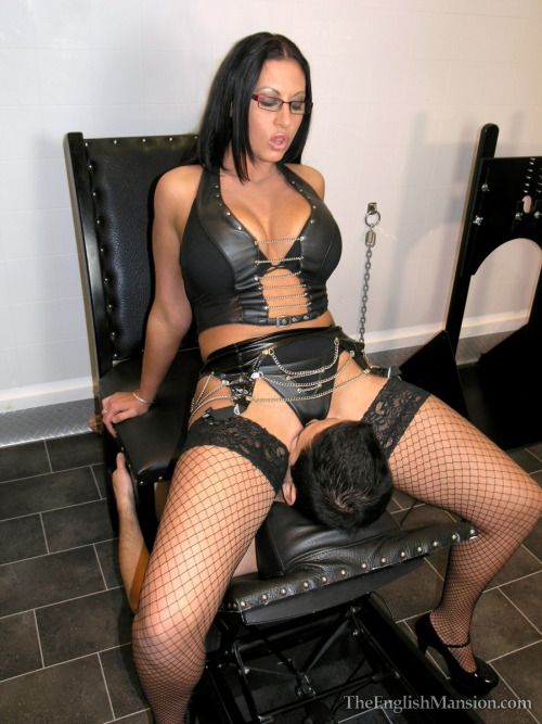 escort chat domina strapon