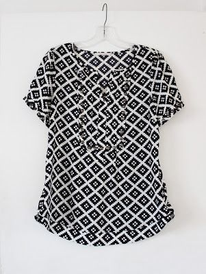 Stitch Fix Moni Studded Detail Blouse, black and white pattern goes with everything! Classic, casual, modern retro feel, I love everything about this piece! Great  for tall ladies.