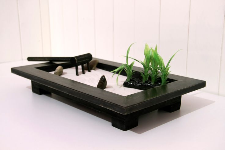 mini indoor zen garden decor ideas pinterest gardens. Black Bedroom Furniture Sets. Home Design Ideas