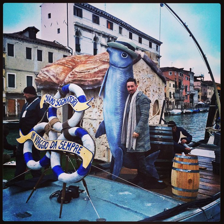 Ready to go - #venicecarnival - by Nu'Art www.nuart.it