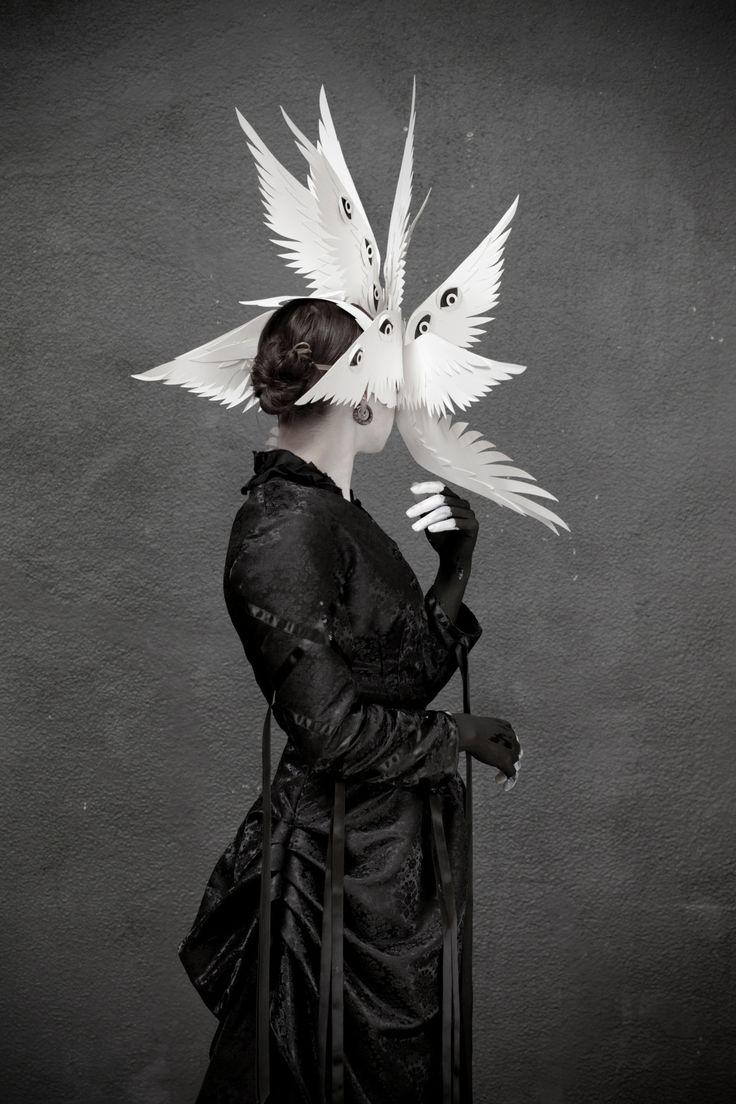 чем ангел с масками картинка них можно делать