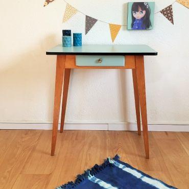 Les 234 meilleures images propos de petits meubles sur for Bureau meuble traduction