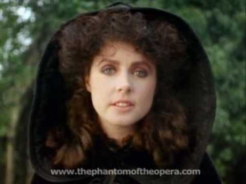 Sarah Brightman performs Wishing You Were Somehow Here Again.  For more PHANTOM, find us on Facebook: http://www.facebook.com/ThePhantomOfTheOpera Or follow us on Twitter: http://www.twitter.com/theoperaghosts