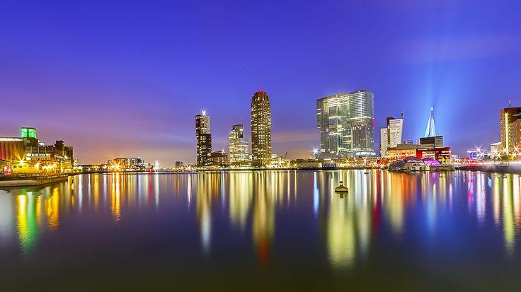 Skyline Rotterdam...prachtig. Ik heb een speciale band met deze stad, als kind al mijn vakanties hier doorgebracht