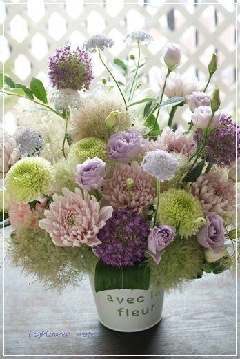 『【今日の贈花】おばあちゃまの好きなお色で&お盆のお花』