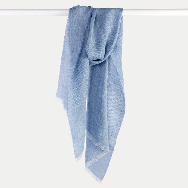 #echarpe #lin #bleu #blue #atelierparticulier #madeinfrance #madeinitaly #luxe #womenswear #womensfashion #mensfashion #menswear