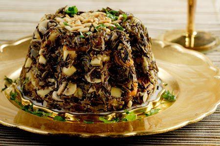 ΔιαδικασίαΒάζουμε το ρύζι σε ένα σουρωτήρι και το ξεπλένουμε καλά. Βάζουμε σε κατσαρόλα το 1½ λίτρο από το ζωμό ή το νερό και, όταν κοχλάσει, ρίχνουμε το ρύζι και το...