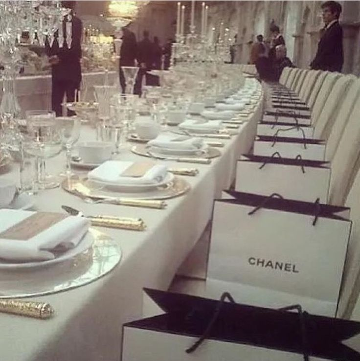 The type of wedding you don't want to miss. #giftbag #chanel #ceremony #dinner #celebration #white