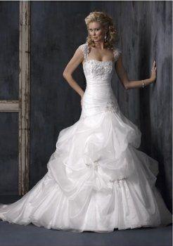 tonnants A-ligne sweetheart chapelle train robe de mariage en satin organza