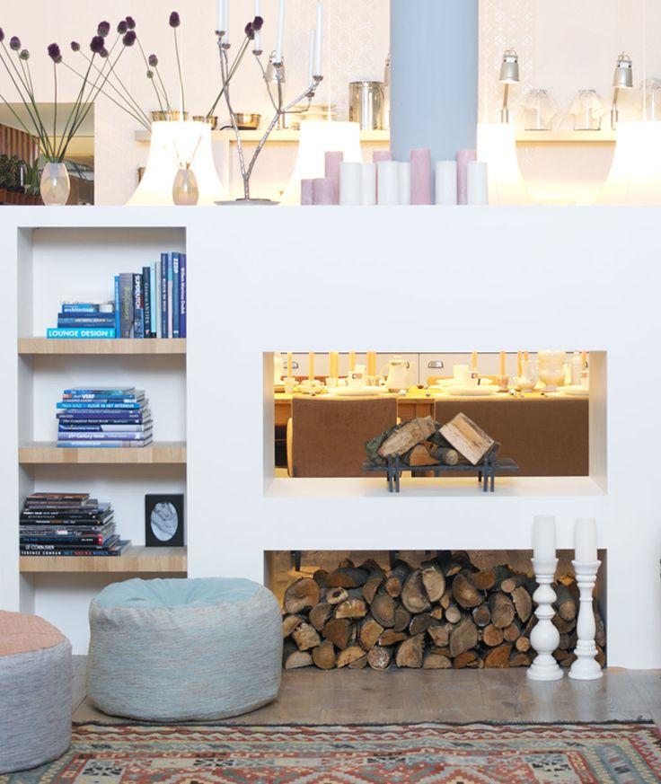 leuke open haard op vtwonen.nl > voor scheiding open keuken en zitgedeelte