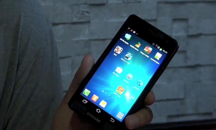 Samsung Galaxy S3 Leak - Prototype in Action!  http://www.giga.de/smartphones/samsung-galaxy-s3/news/samsung-galaxy-s3-video-zeigt-einen-prototypen-in-aktion/