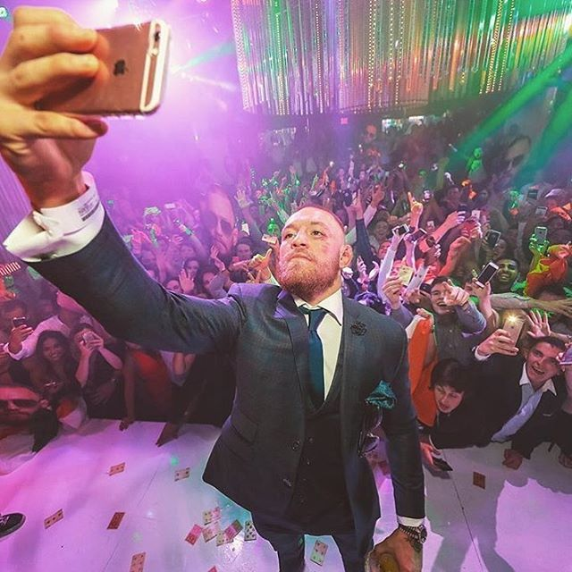 #SelfieSunday with @thenotoriousmma  Last night was awesome!! • • #connormcgregor #diazvsmcgregor #natediaz #party #afterparty #ufc202 #ufc #wynn #intriguevegas #vegas #intrigue #selfie #fightnight #fightweekend