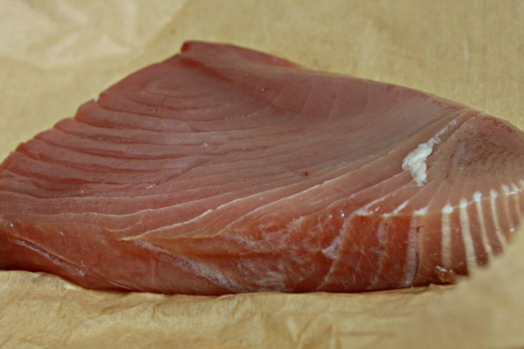 How To Cook Yellowfin Tuna In The Oven | LIVESTRONG.COM