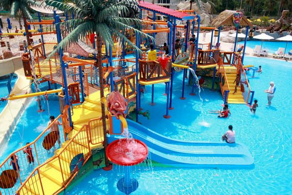 Kids can enjoy the splash island at Splash Canyon! All in view of their parents watching eyes!