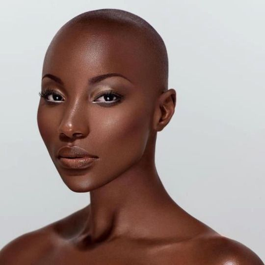 gorgeours bald head african girl nude