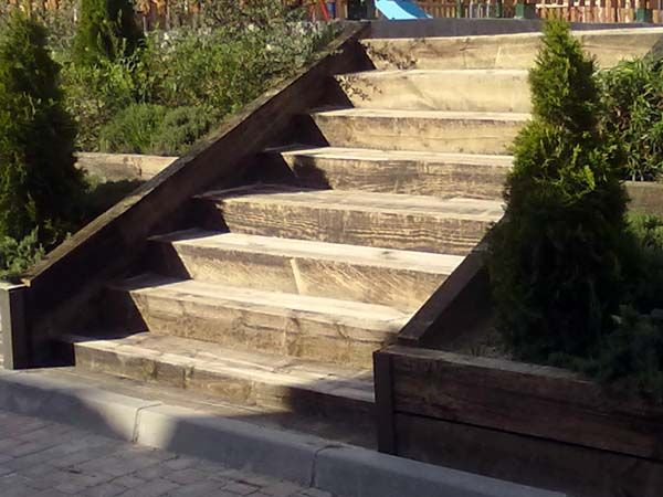49 best images about escaleras on pinterest modern - Escaleras de madera para exteriores ...
