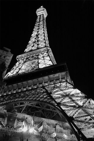 Eiffel Tower Iphone Wallpaper Idesign Iphone Vive La France