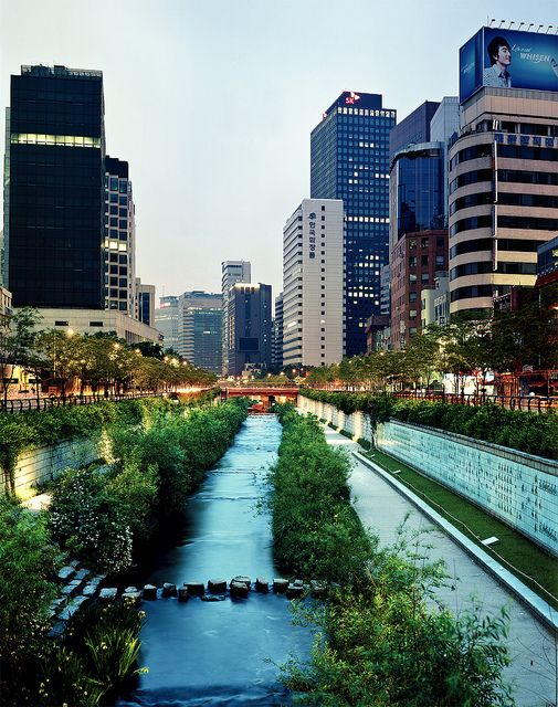 One of the parks along Cheonggyecheon Stream in Seoul, South Korea. Illuminated by night, the stream is 8.4km or 5.2 miles long and runs through the city.