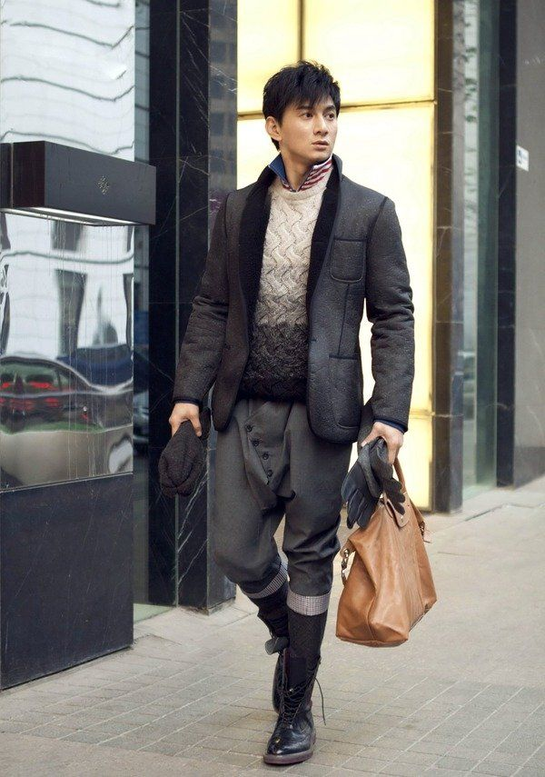 Nicky Wu With Camel Le Pliage Cuir Even For Man