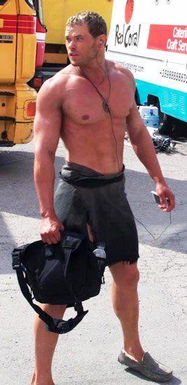 Kellan Lutz Workout | Celebrity Workouts | Pinterest ...