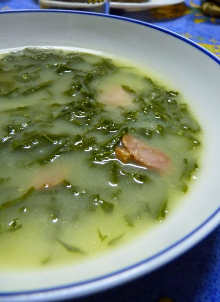 Délices aux pays des olives : recettes du sud, Portugaises, Italiennes et d'ailleurs: Caldo verde (soupe aux choux portugais)
