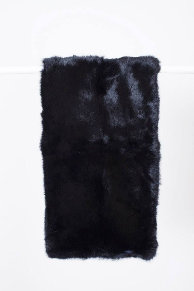 BLACK RABBIT FUR STOLE // © MORECCO 2014