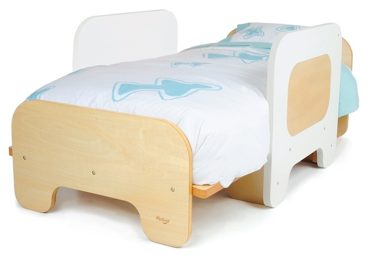 p'kolino toddler bed and chair white 1