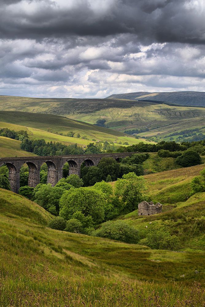 Dent Head Railway Viaduct - Yorkshire Dales National Park, England