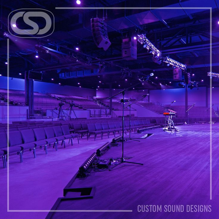 Color LED house lighting creates an immersive environment, bridging the gap between leaders and congregation. www.CSDus.com