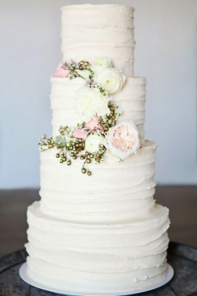 18 Beautiful Buttercream Wedding Cake Ideas ❤ Buttercream wedding cake is one of the most popular options for many couples. See more: http://www.weddingforward.com/buttercream-wedding-cakes/ #wedding #cake