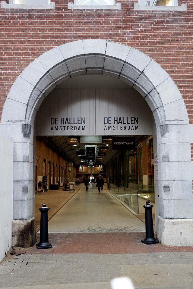 Foodhallen Amsterdam, to enjoy a Dutch 'borrel'!