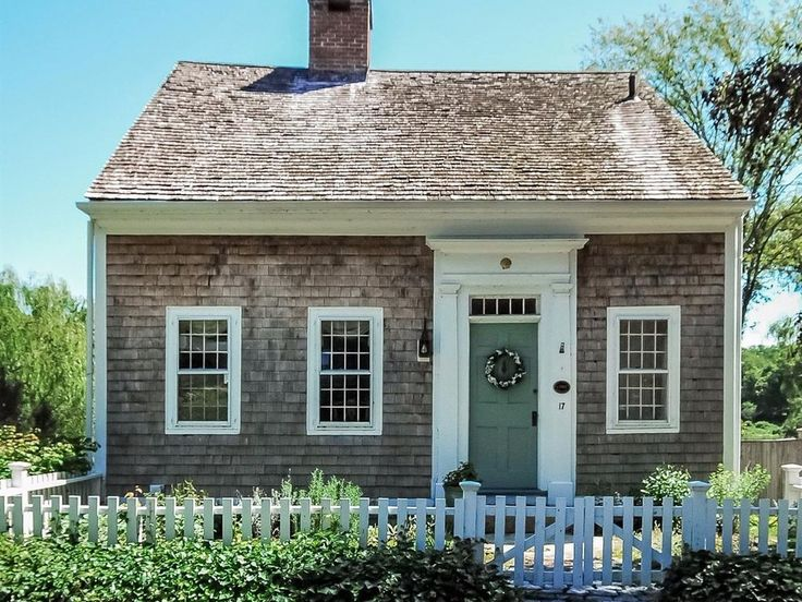Massachusetts's Oldest House Just Sold - and it's adorable. - Linda Merrill