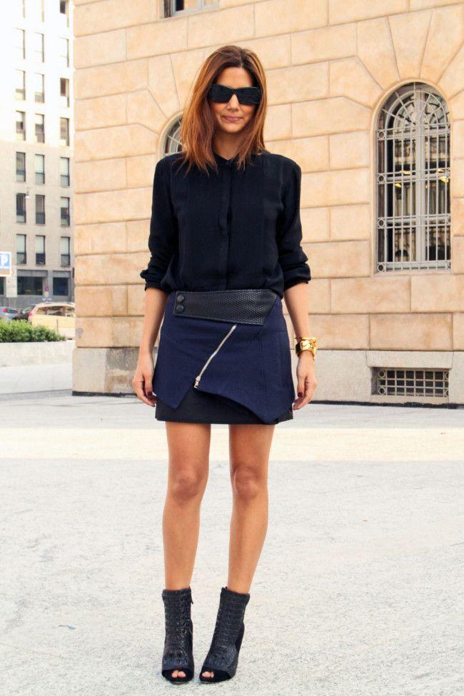 Christine Centenera in Dion Lee shirt, Proenza Schouler skirt, Alexa Wagner boots and Celine sunglasses. [source: vogue]