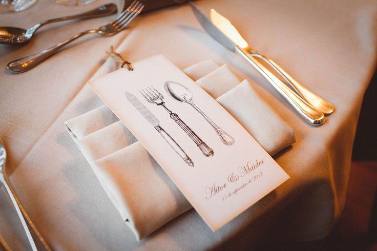 La boda romántica de Aitor & Maider en el Château de Brindos(Anglet, Francia), a orillas de un precioso lago. Sin duda, un lugar de ensueño. /The romantic wedding of Aitor & Maider in the Château de Brindos (Anglet, France), on the shores of a beautiful lake. Definitely a dream place.