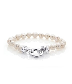 CREAM PEARL PETITE (small 18.5 - 19cm bracelet) - i love love love pearls! am actually considering buying this as a wedding piece