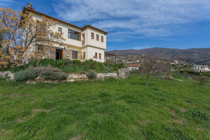House in Katochori, Greece. A beautiful artistic house in Pilion (Pelion) mountain with amazing views. Charming ambiance and feeling in a peaceful environment. Mountain and sea alternatives in perfect combination. Accessible through normal & charter flights from Vienna, Lond...