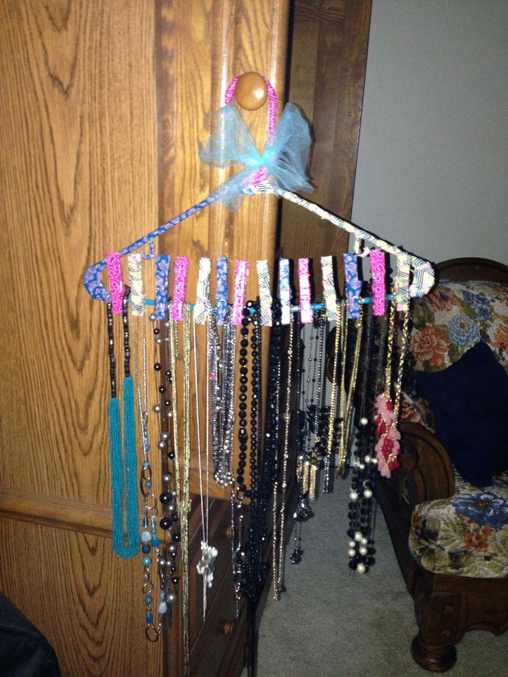 194 best Clothes hanger crafts images on Pinterest ...