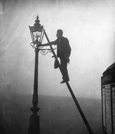 Street lamp lighter, ca. 1920, London
