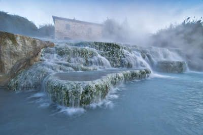 Bagni Petriolo - The most popular thermal pool location is at Petriolo because it's located close to Florence. The waters here are a cosy 42 degrees and make for a reviving contrast between hot and cold in the outdoor air.