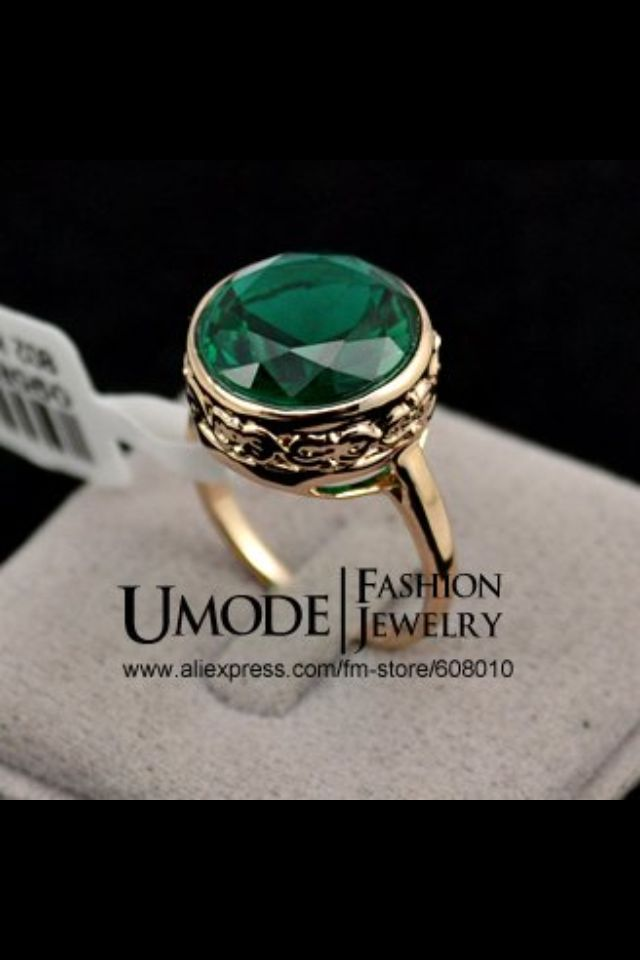 18k Gold Emerald Ring Price: TBA Shonz Fashion