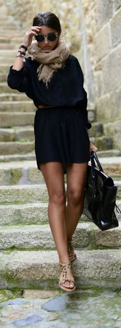 Street style | Navy dress, neutral scarf, sandals, handbag