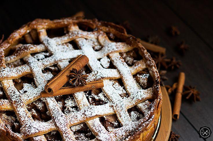 Jabłecznik / Apple Pie z Harry'ego Pottera na blogu miodowekrolestwo.wordpress.com lub tutaj: https://miodowekrolestwo.wordpress.com/2017/03/12/jablecznik-z-harryego-pottera/