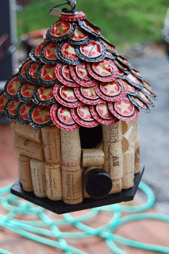 Star hill beer cap wine cork bird house by tikicommander for How to build a birdhouse out of wine corks