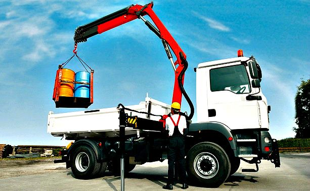 Comparing Equipment [BLOG] - Knuckle boom Trucks vs. Crane Trucks http://comparingequipment.wordpress.com/2014/08/19/knuckle-boom-trucks-vs-crane-trucks/ #Cranes #Trucks #Machines #Boom #ComparingEquipment